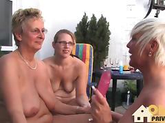 Reife Lesben am Sonntag tube porn video