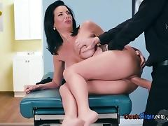 Hot Patient Veronica Avluv Gets Poked By Hung Doctor tube porn video