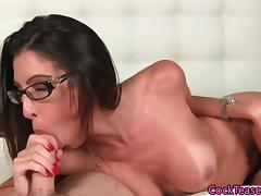 Throating spex model sucking hard cock porn tube video