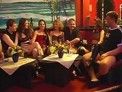 Magma swingt im FF6 - Teil 1 porn tube video