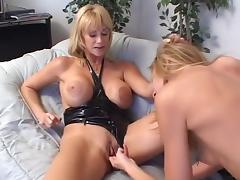 Horny pornstars Lisa Marie and Kat Kleevage in best dildos/toys, blowjob xxx movie porn tube video