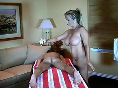 A Good Fingering & Pussy Massage