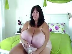 Oiled BBW porn tube video
