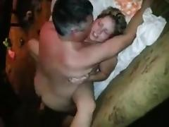 Esposa fode com amigo do marido no sofa porn tube video