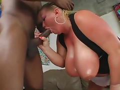 seins enormes porn tube video