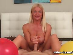 Make You Pop, Christina Skye - ClubTug