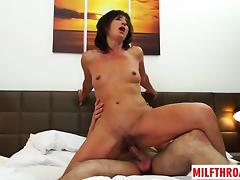 Hot milf oral with cum on face