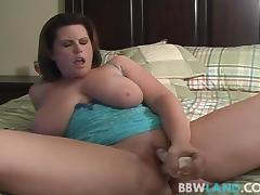 Busty MILF Drills Pussy During Cam Show porn tube video