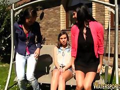 Lesbian licks pissing box porn tube video