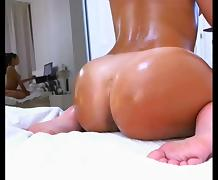 Home D20 - OMG this body and the squirt at the end
