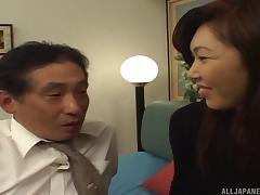 Horny Asian MILF opens her legs for an experienced hunk's love tool