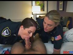 Suspect gets Dick sucked