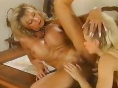 Bodybuilder fisted tube porn video