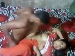 Desi aunty caught porn tube video