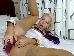 Two dildos in pussy & 3 squirts (Helena Moeller)