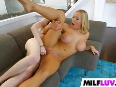 MILF Olivia Austin Is Full Of Experience