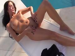 Entspannung am Pool porn tube video