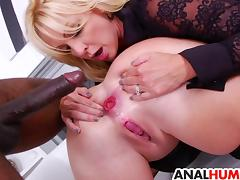 Ass fisting MILFs gets fucked by BBC porn tube video