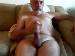 Jerking my boner till i cum