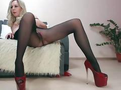 Mature lady webcam pantyhose show