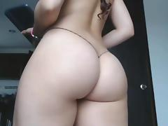 Hot camgirl with fat ass