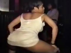 Twin girls dancing tube porn video