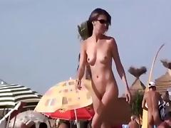 Pussy fingered on a crowded beach porn tube video