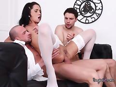 Teen Courtesan Angie Moon Enjoys Double Dicking tube porn video