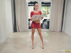 Phoenix Marie and other hot chicks enjoy nasty group sex sessions tube porn video