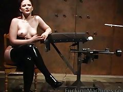 Pussy Spraying Machine