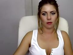 Neviia amateur video on 10/19/15 00:00 from Chaturbate