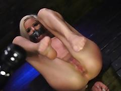 Extreme cock Halle Von is in town on vacation with her tube porn video