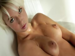 blond beautys Megan morning shower