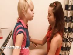 Natasha and Alice love bang girls