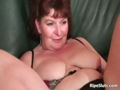 Brunette mature chubby slut gets her