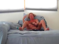 wife lynda masturbating tube porn video