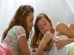 Insane russian lesbo vagina eating tube porn video