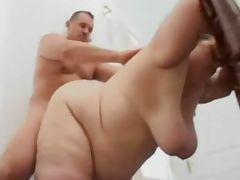 ssbbw fucks after her housework