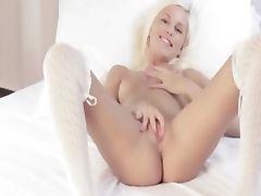 Extreme blonde with unique bum