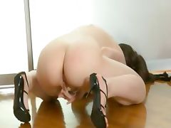 Super fine pussy in shoes stripping tube porn video