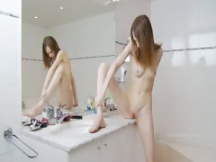 Beautiful sknny coed teasing for mirror tube porn video