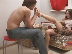 Ivanas suck toes and sexing at home tube porn video