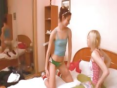 lithuanian girl getting kinky with girl