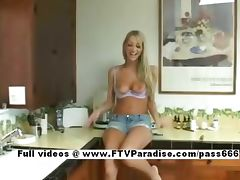 Ingenious Sammie long hair blonde naked babe in the kitchen tube porn video