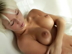 blondie beautys Megan morning shower tube porn video
