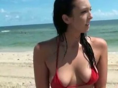 Brunette Ex Girlfriend Flashing Her Pussy On Beach tube porn video