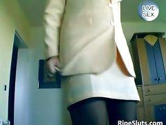 Slutty mature brunette fuck her wet cock
