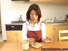 Mature Mio Fujiki