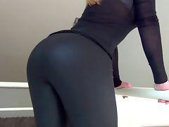 Irresistible ASS tube porn video