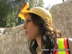 Paige Taylor Motivates Construction Worker The Best Way She Can Playing With His Cock